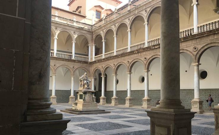 Fotos del claustro y museo del Patriarca