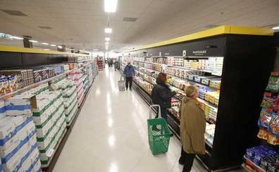 Mercadona ofrece 120 empleos fijos en Cataluña para reforzar su plantilla