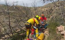 Rescatan en helicóptero a una mujer herida mientras hacía senderismo en la zona del Tangó de Xàbia