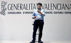 El curso empieza en la Comunitat Valenciana con aulas más llenas en los concertados, más profesores y menos gasto en libros