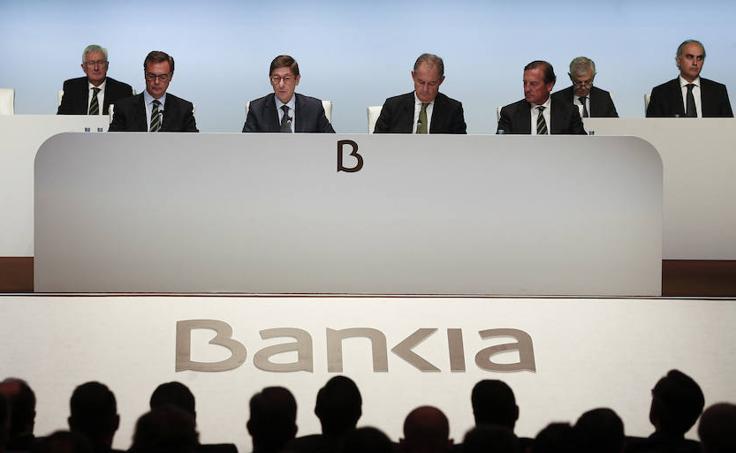 Fotos de la fusión de Bankia con BMN