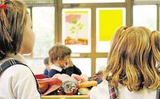 Padres de alumnos del CEIP Sanchis Yago no llevan a sus hijos a clase por la «reducción de horas de inglés»