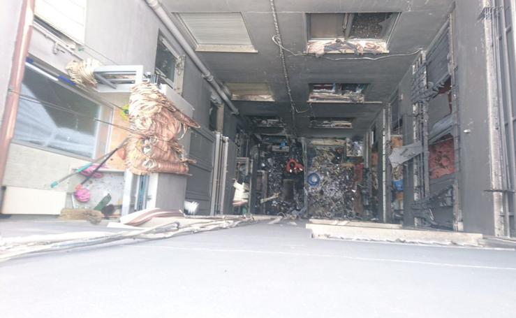 Fotos del incendio en un domicilio de Picassent