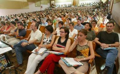 Los profesores de Religión cargan contra la reducción de las horas de la asignatura