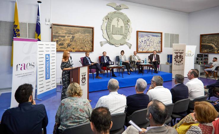 Fotos de la mesa de expertos: encuentros LP-Sabadell celebrada en Gandia