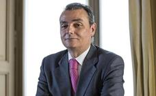 La patronal opina que el traslado del Sabadell «refrendaría el potencial económico» de la Comunitat