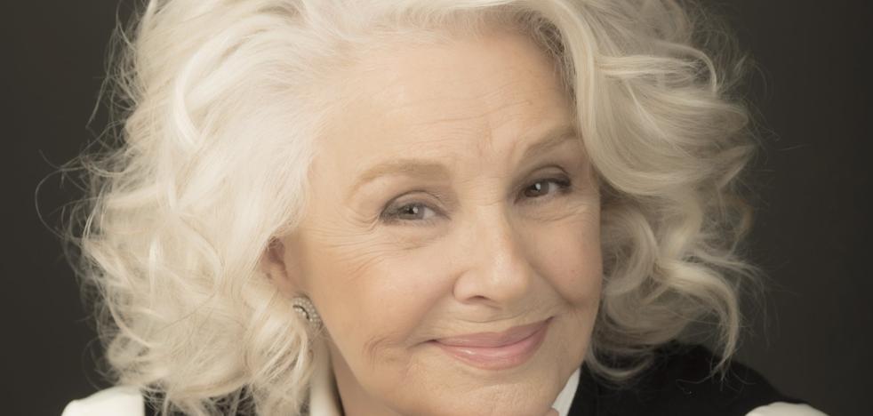 Lola Herrera, actriz: «Con la crisis, muchos profesionales de la cultura se han quedado por el camino»