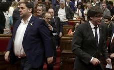 La doble marcha atrás de Puigdemont abre grietas profundas en el independentismo