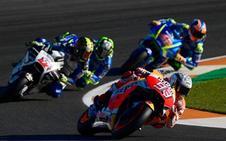 Marc Márquez, por detrás de Dovizioso en los libres de MotoGP