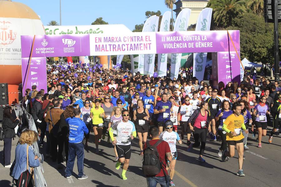 Fotos de la II Marcha contra la violencia de género en Valencia