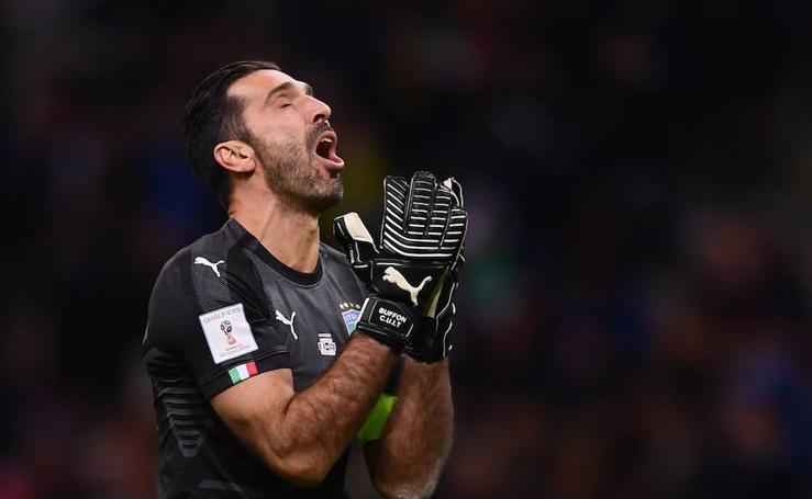 Fotos del drama de Buffon tras la eliminación de Italia del Mundial