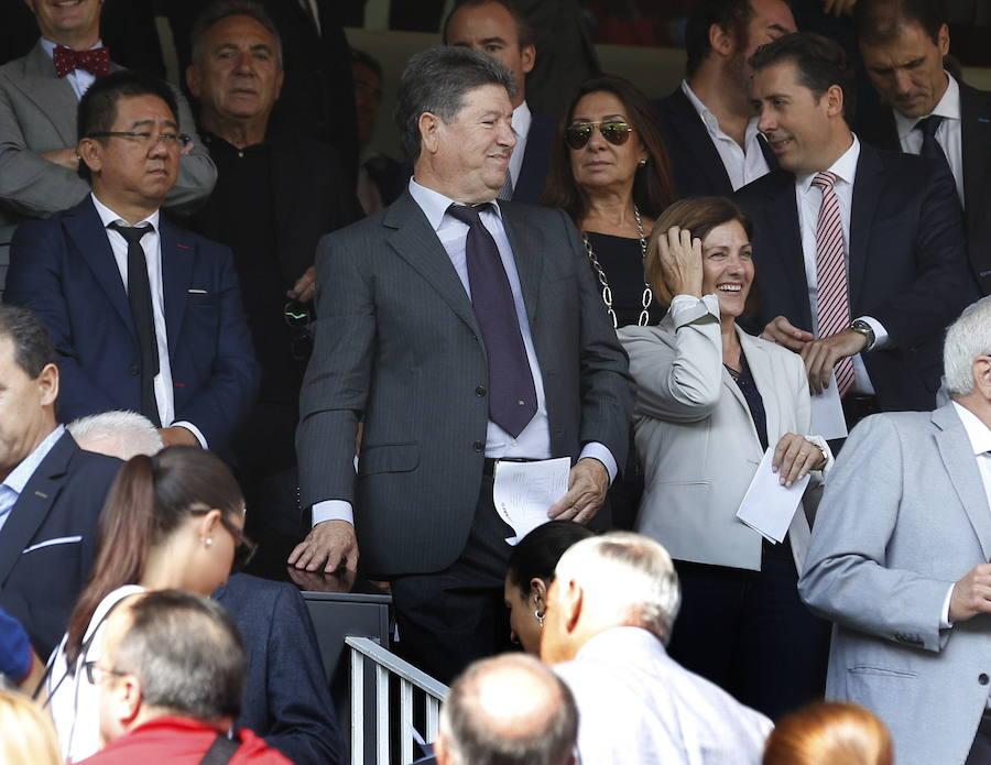 Fotos de Jaume Ortí durante su etapa como presidente del Valencia Club de Fútbol