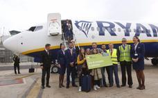 Un valenciano, pasajero seis millones del aeropuerto de Valencia