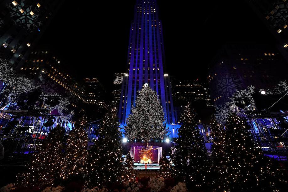 Fotos de la iluminación del árbol de Navidad del Rockefeller Center, en Nueva York