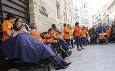 El Consell sigue sin pagar a las familias las prestaciones de dependientes fallecidos
