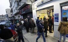 Los valencianos tienen fe en la Lotería de 'El Niño'