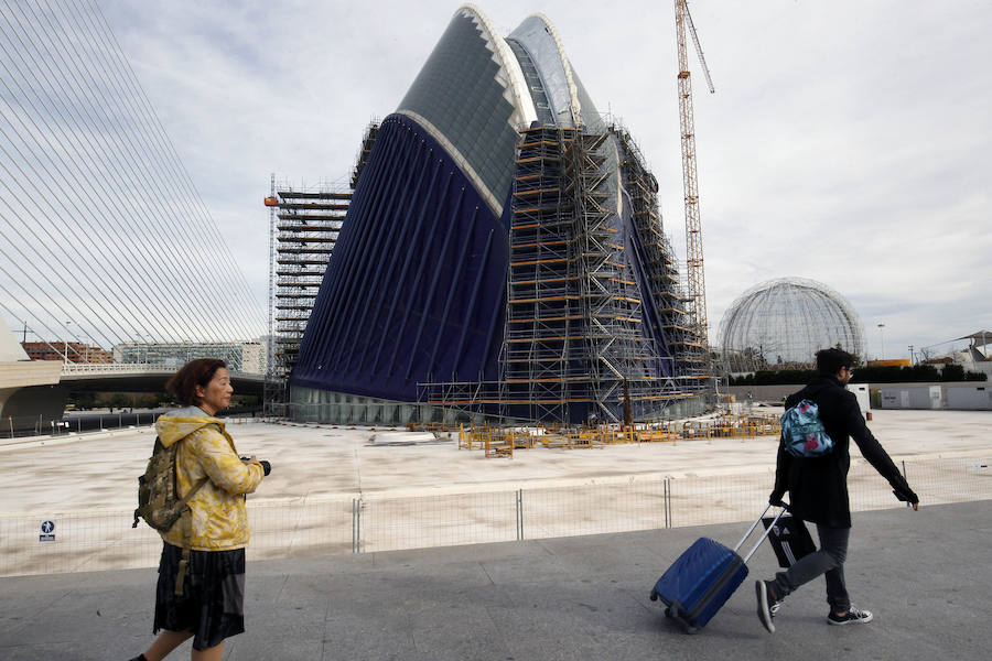 Fotos de las obras del Ágora, que acogerá el Caixafórum Valencia