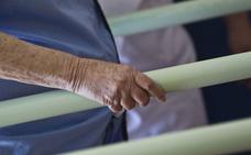 El hospital de Serra marca con un pijama de otro color a los pacientes con riesgo de fuga