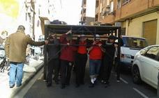 Buscan costaleros para participar en la Semana Santa Marinera de Valencia