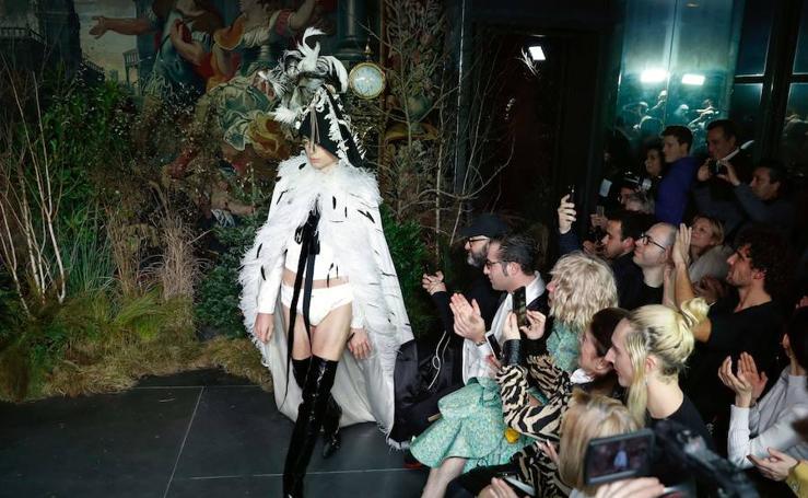 Fotos de las creaciones de Palomo Spain en la Semana de la Moda de Paris