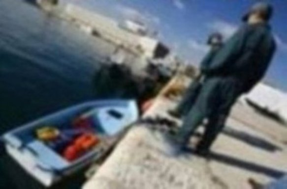 Menos agentes y traslados al Puerto desprotegen las costas frente a pateras