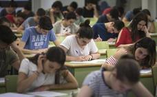 Educación dará becas salario de hasta 600 euros a 1.723 universitarios valencianos
