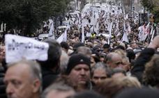 Los nacionalistas corsos exhiben músculo en la calle antes de la visita de Macron