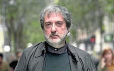 Javier Olivares (guionista): «Nunca soporté 'Verano Azul'»