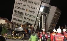 Dos muertos y más de 200 heridos en un terremoto de magnitud 6,4 en Taiwan