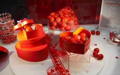Ostras con cava, sorbetes de aire de rosas y gambas 'Cupido', en los menús de los restaurantes valencianos por San Valentín
