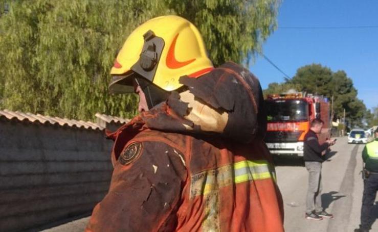 Fotos del incendio en Ontinyent en el que han muerto dos bebés