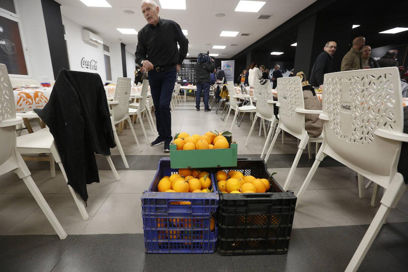 Fotos de la comida de las peñas de Valencia y Levante