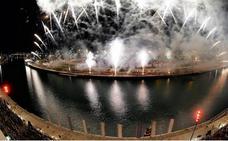 El novedoso espectáculo pirotécnico del 24 de febrero de Ricardo Caballer en la Marina de Valencia