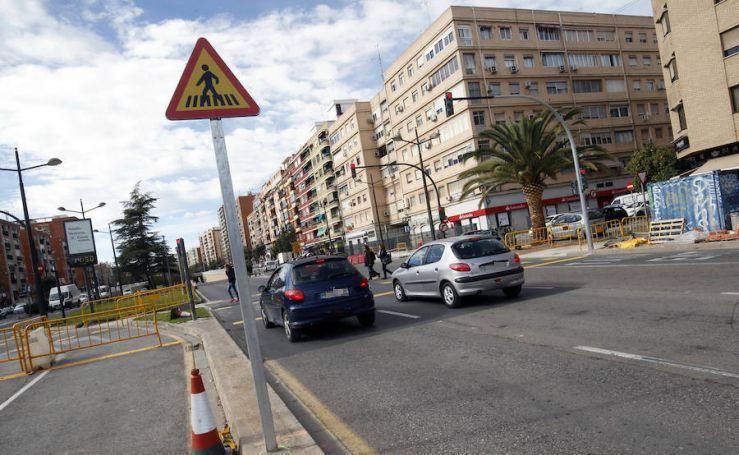 Fotos de las señales indebidas en la avenida del Cid