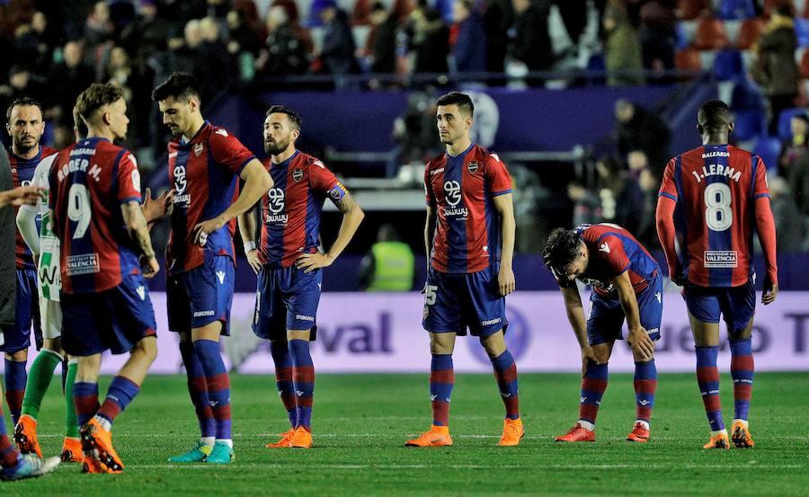 Fotos del Levante UD - Real Betis