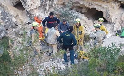 Localizados dos senderistas de 21 y 22 años que se habían perdido en Real de Gandia