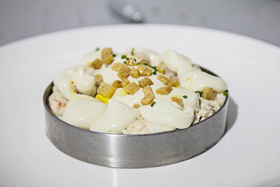 La cena de sobaquillo de la plantà de Ricard Camarena para la Falla Reino de Valencia - San Valero