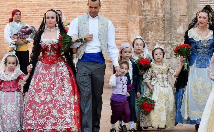 Los rostros de la segunda jornada de la Ofrenda de flores a la Virgen de los Desamparados