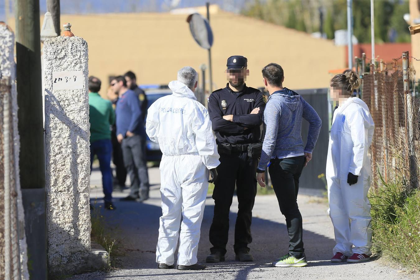 Un maltratador mata a cuchilladas al padre y hiere a la hija de su exnovia en Castellón