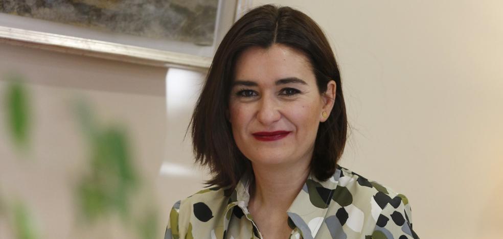 Carmen Montón: «Era un compromiso electoral que si lo dejamos en un cajón defraudaríamos»