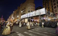 Una pasarela en la calle de la Paz para agilizar la Ofrenda