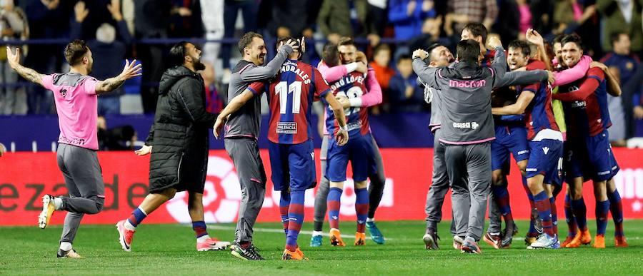 Fotos del Levante UD - Málaga CF