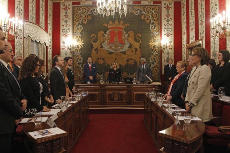 Fotos del pleno del Ayuntamiento de Alicante que ha elegido a Luis Barcala como nuevo alcalde