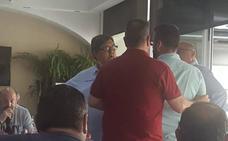 La Interagrupación se reunirá hoy de urgencia tras los insultos recibidos por Pere Fuset