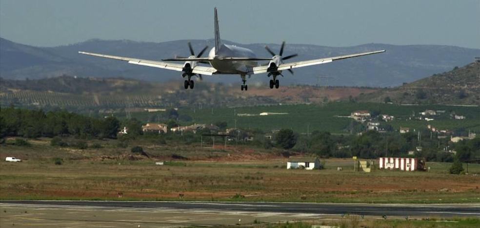Aena insonorizará 135 viviendas más en el entorno del aeropuerto de Valencia