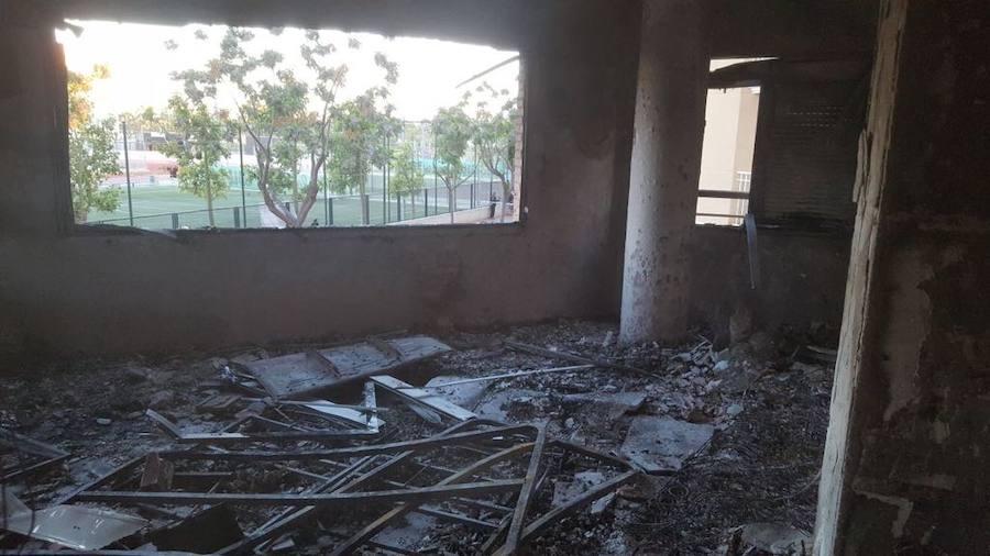 Un incendio calcina una vivienda en Albal y obliga a desalojar a los vecinos