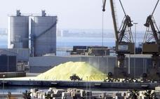 El presidente del Puerto reabre el debate sobre la contaminación de la carga de graneles