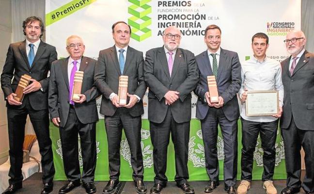 El Colegio de Agrónomos premia a la Fundación Cajamar