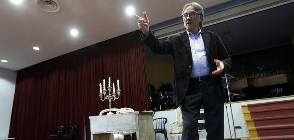 Fernando Mulas, un doctor en la ratonera