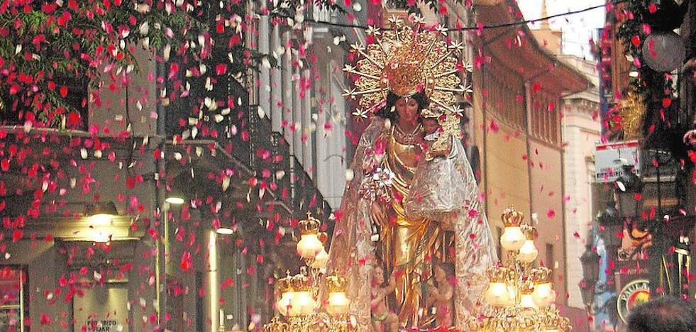 La procesión de la Mare de Déu volverá a entrar en la Basílica por la plaza de la Virgen